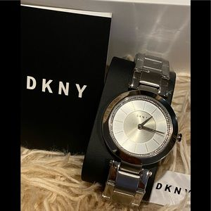 DKNY STANHOPE 2.0 SILVER DIAL QUARTZ WOMEN'S WATCH